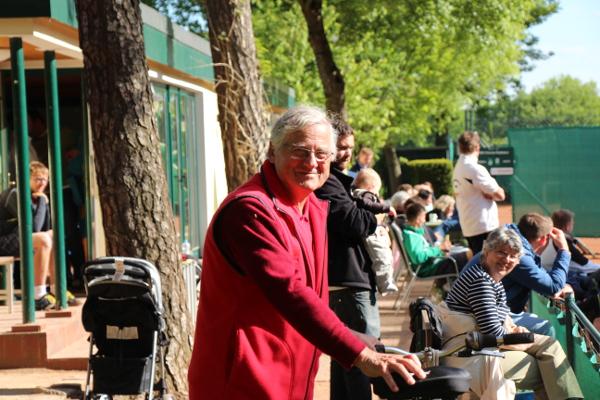 Tom Prescher - Tennisfachmann voller Vorfreude auf die Spiele